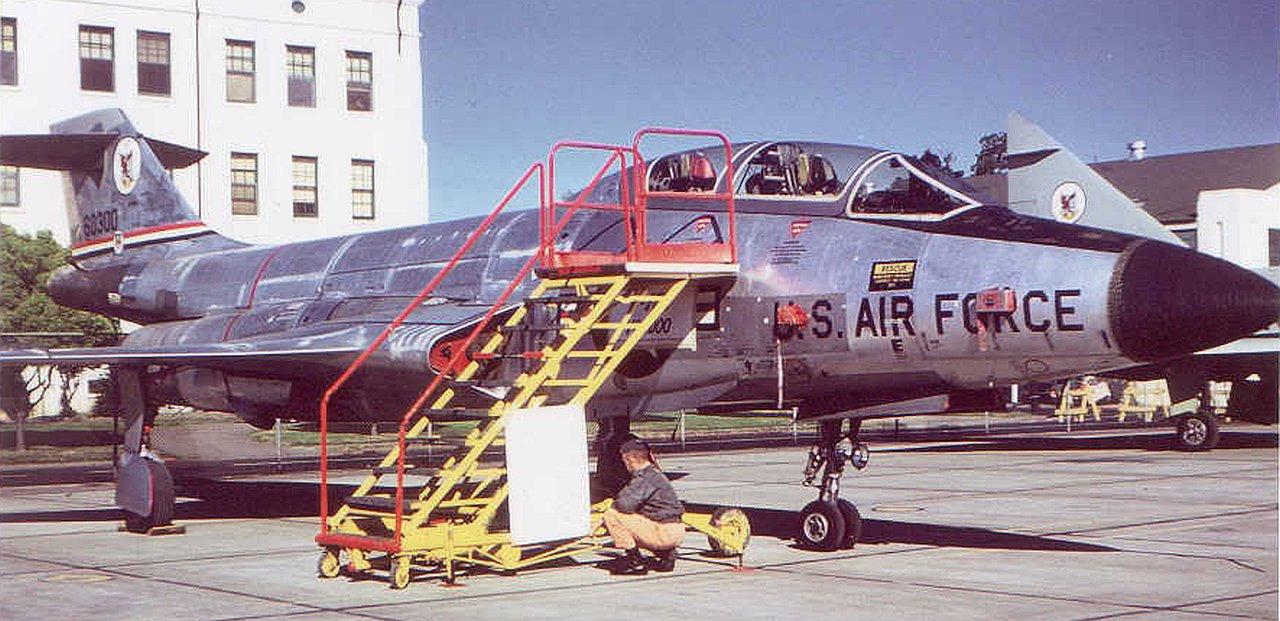 Kitty Hawk 1:48 F-101B Voodoo Box Review